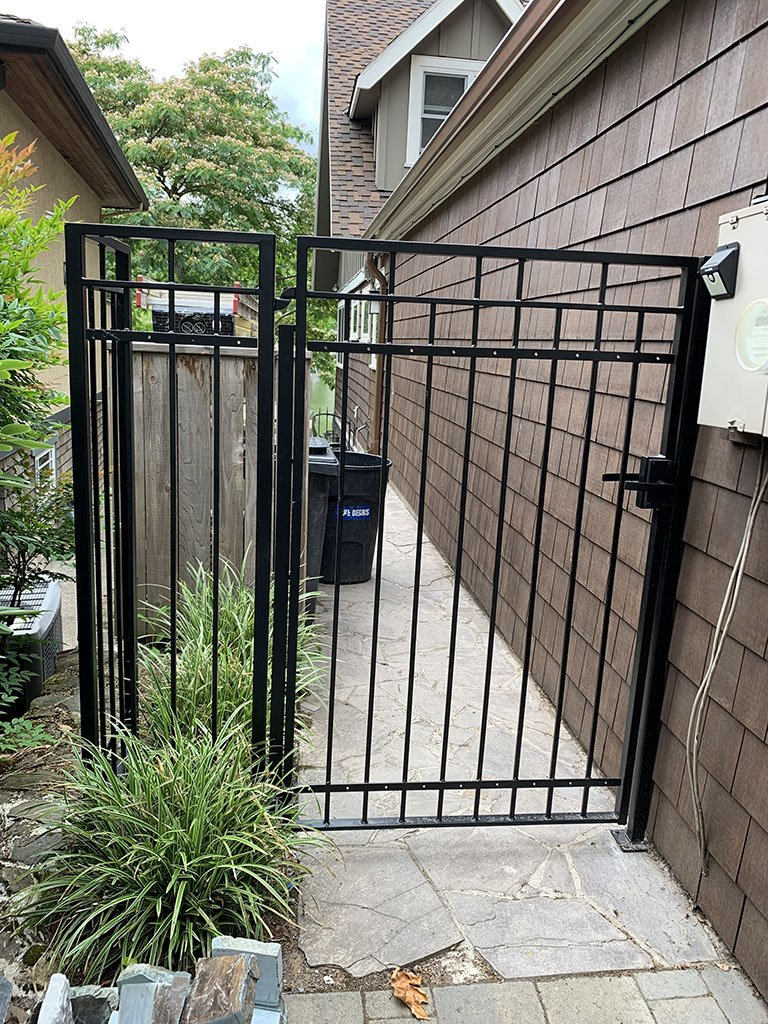 Gate will receive wooden boards for added privacy